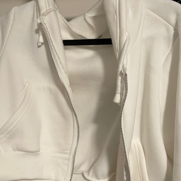brandy melville white cropped jacket knockoff